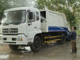 CLW Brand Dongfeng 6 Wheels 4000 Liters Roll Off Garbage Truck For ... Clw Brand Dofeng 6 Wheels 4000 Liters Roll Off Garbage Truck For 2004 Mack Rd690s Rolloff Garbage Truck For Sale 1956 1998 Mack Rd688s Tri Axle Sale By Arthur Trovei New Used Commercial Trucks Sale In California Commerce New 2019 Intertional Hx In Ny 1028 1999 Volvo Wg64 Rolloff Truck Item K1708 Sold August 2 2006 Granite Ct713 For Auction Or Lease Equipment Lvo Med Heavy Trucks Used 2012 4300 2010 Isuzu Npr Rolloff With Flat Bed And 16yrd Bin 7040