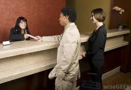 Front Desk Job Salary Hotel by What Are The Different Front Desk Receptionist Jobs