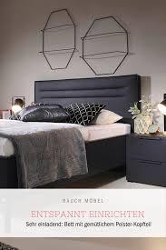 bett in schwarz schlafzimmer einrichten haus deko