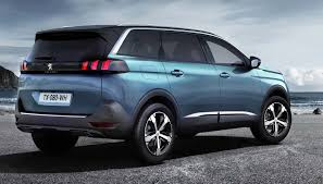 2017 Peugeot 5008 interior Exterior and Drive