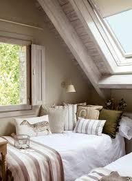Schlafzimmer In Dachschrã Kinderzimmer Mit Dachschräge 29 Tolle Inspirationen Für Sie