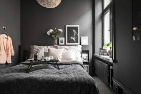 scandinavian schlafzimmer mit schwarzen wänden wohnideen