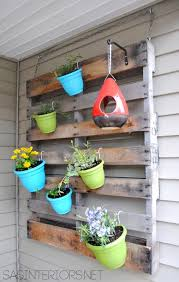 74 Pallet Planting With Colorful Pots And Plants