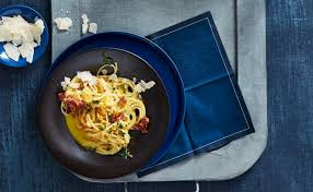 spaghetti mit gemüse sahnesoße