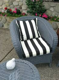 How To Repaint Wicker Furniture My Painting Wicker Furniture Black