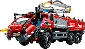 LEGO Technic 42068 - Airport Rescue Vehicle | Mattonito Action Town 1467 Airport Fire Truck Lego Itructions 60061 City Onetwobrick11 Set Database 4208 Fire Truck 60111 Utility Mixed By Amazonca Shodans Blog Creating My First Big Display Part 1 Brktasticblog An 2014 Stop Motion Youtube Toysrus City Airport Fire Truck 7891 Lego 60002 And