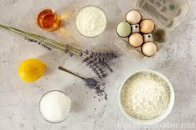 aromatischen zitronenkuchen mit duftendem lavendel backen
