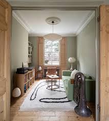 wohnzimmer im altbau mit stuck und buy image 13373621