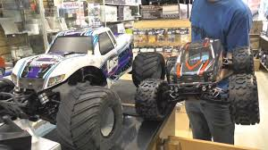 RCing Around- Up Close With The Losi Monster Truck XL. Huge 1/5 ...