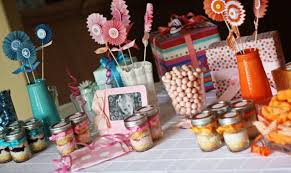 Simple Birthday Table Decoration Ideas Make This Extra Bold With A Balloon Themed Party Idea Create Festive Invitations
