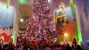Whoville Christmas Tree by Dr Seuss Christmas Tree Display Youtube