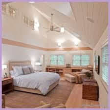 Vaulted Ceiling Bedroom Best 25 Ideas On