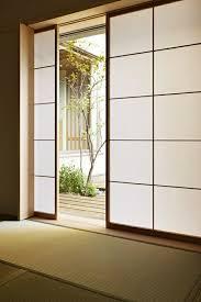 porte coulissante chambre la porte coulissante en 43 variantes magnifiques archzine fr