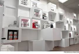 Product Display At Llly Temporary Shop In Milan With 200 Cube Interior Design
