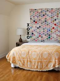 Old Fashioned Quilts Live In Modern Homes Too Headboard IdeasHeadboards Bedroom