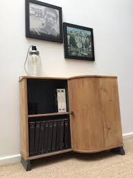 bar canapé un joli petit meuble qui servira de chevet de console de bar de