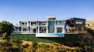 100 Modern Houses Los Angeles Striking Viewmont Drive Modern Home Perched On A Crest In The Hollywood Hills