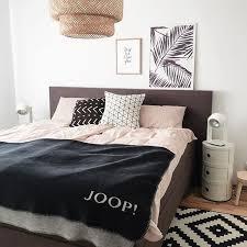schlafzimmer deko kissen decke joop homestyling