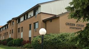 2 Bedroom Apartments For Rent In Milwaukee Wi by Green Court