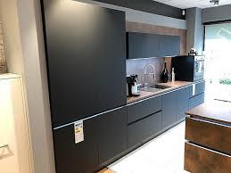 plus ferro nolte küche matrixart schwarz softmatt cortenstahl