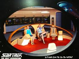 Star Trek Captains Chair by Star Trek Eikonktizo