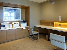 American Airlines Executive Platinum Desk International by American Airlines Admirals Club Chicago Il O Hare