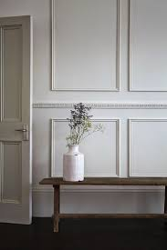 Two Tone Walls No Chair Rail by Best 25 Picture Frame Wainscoting Ideas On Pinterest Picture