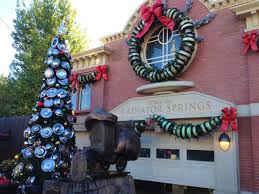 Christmas Tree Lane Fresno Ca History by Best Christmas Destinations For Families In The U S A Tips For