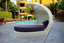 white resin wicker patio furniture gccourt house