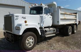 1989 Mack RW613 Dump Truck | Item K2144 | SOLD! September 29... Trucks For Sale Peterbilt Dump In Iowa Used On Buyllsearch 1997 Ford Truck N Trailer Magazine Cab Stock Photos Images Alamy Mack Ch 613 Cars For Sale In Dump Trucks For Sale In Ia Toyota Toyoace Wikipedia 3 Advantages To Buying 2006 Intertional 8600 Auction Or Lease Emerson 2007 Mack Granite Ctp713 Des
