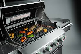 cuisiner avec barbecue a gaz barbecue fumoir pour fumer ses aliments ooreka