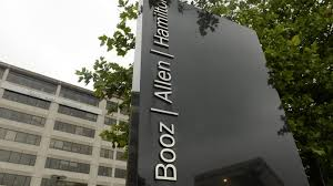 Booz Allen Help Desk by Data Leak Could Undermine Trust In Government Contractor Npr