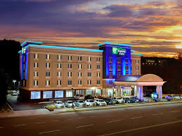 Holiday Inn Express & Suites Knoxville West Papermill Dr Hotel