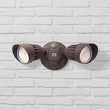 eco 13 wide led security flood light in bronze 1g656