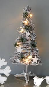 Small Fibre Optic Christmas Trees by Best 25 Led Xmas Lights Ideas On Pinterest Pinterest Christmas