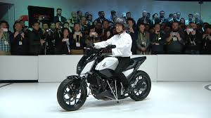 Honda s amazing Riding Assist motorcycle won t fall over