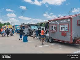 100 Where To Buy Food Trucks Truck Vendor Image Photo Free Trial Bigstock