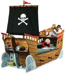 chambre garcon pirate lit enfant pirate lit pirate lit pour chambre de pirate et housse