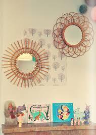 miroir chambre enfant la chambre bébé de miroir vintage miroir soleil et rotin