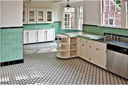 Impressive Achtkant Met Wittte En Zwarte Inlage Wandtegels Tinglazuur Intended For Retro Kitchen Flooring Popular