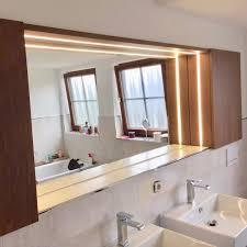 badezimmer spiegelschrank mit integriertem licht spiegel