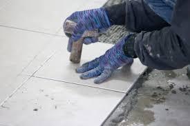 pose de carrelage au sol sur ancien carrelage ou en diagonale