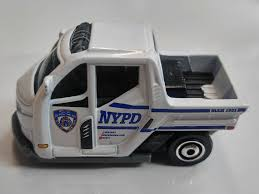 Matchbox Small Diecast Model NYPD Cushman Scooter Meter