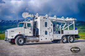 100 Derrick Trucks Eclipse Wireline Mast