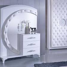 schlafzimmer in weiss silber modern in 65468 trebur für