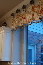 Kitchen Curtain Valance Styles by Best 25 Kitchen Valances Ideas On Pinterest Coupons For Hobby