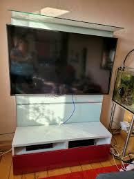 ikea besta tv wand mit 2 roten schubladen