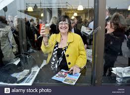 100 Massage Parlours In Cheltenham Female Punters Stock Photos Female Punters Stock Images Alamy