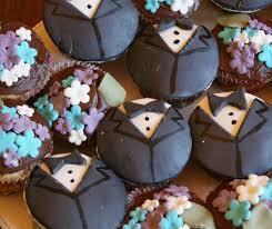 5 Formal Looking Cupcakes Photo