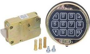 Cabelas Gun Safe Battery Replacement by What To Look For In A Gun Safe Buying Guide Gun Safe Reviews Guy